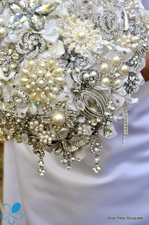 Cascading Empress Close-up #wedding #bouquet by Blue Petyl www.bluepetyl.com