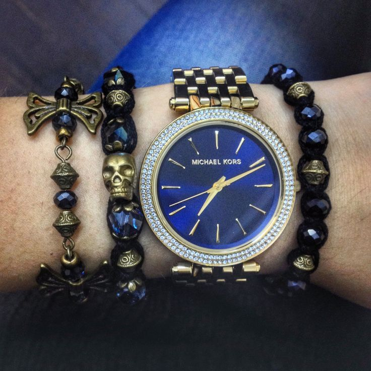 That armcandy. 💙 shamballa bracelets for her with bronze beads and skull and the wings bracelet. 🙏🏽