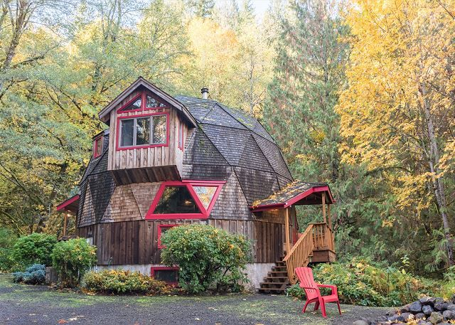 Cedar Creek Hideaway Is A 3 Bedroom Rental Cabin In Mt Hood, Oregon. |  Places To Stay | Pinterest | Hoods, Vacation And Hiking