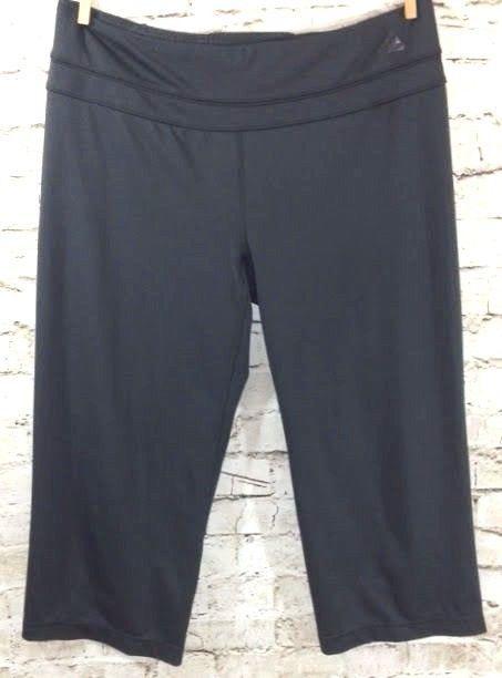 Adidas Climalite Crop Black Stretch Pants Sz Medium Womens Athletic Yoga Running #adidas #PantsTightsLeggings #Running #Yoga #Athletic #Activewear #Crop #Capri #Stretch #Climalite