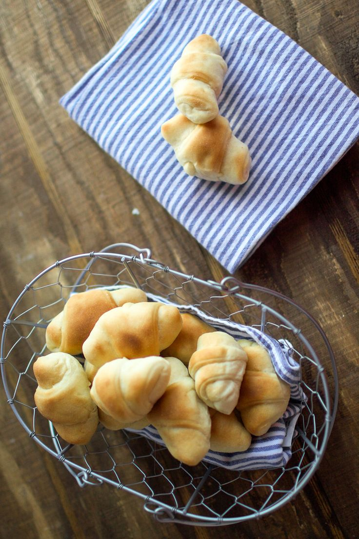My Mother-in-law Mary makes the BEST rolls. I mean THE BEST. These are NOT, I repeat NOT your standard run of the mill, buy in the deli section crescent rolls in a can. I have been to numerous dinners where she served these rolls and if you were to ask ANYONE what their favorite part …