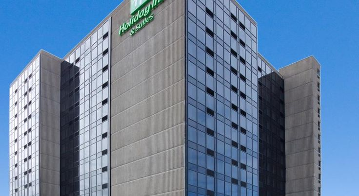 Holiday Inn Hotel & Suites Pointe-Claire Montreal Airport Dorval Holiday Inn Hotel & Suites Pointe-Claire Montreal Airport features an indoor pool and an on-site restaurant. A 24-hour fitness centre is also available.