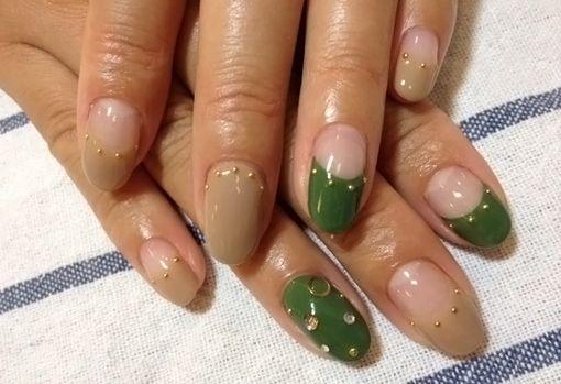 Нарощенные ногти френч овальные