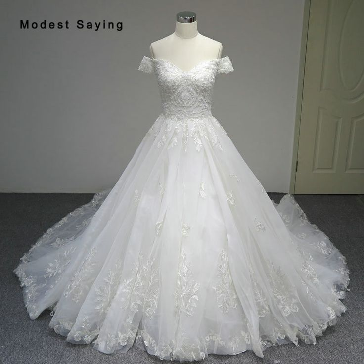 Find More Wedding Dresses Information about Luxury Ivory Ball Gown Sweetheart Lace Wedding Dresses 2018 Sexy Dubai Isreal Beaded Bridal Gowns Custom Made vestido de noiva,High Quality vestido de noiva,China de noiva Suppliers, Cheap beaded bridal gown from modest saying Lacebridal Store on Aliexpress.com