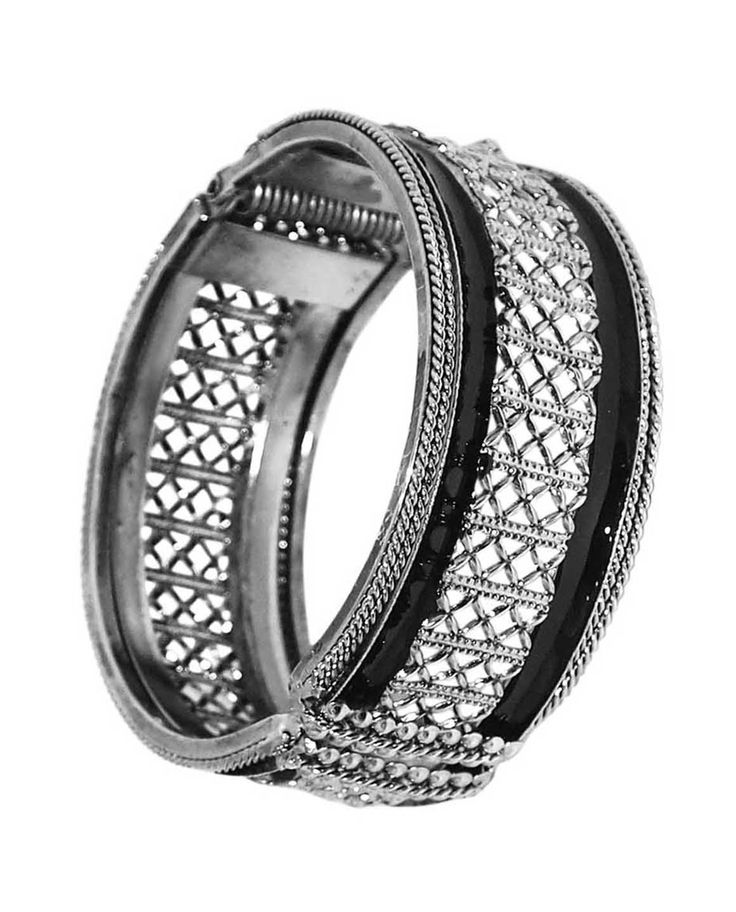 Best for daily wear, Kriaa Black Rhodium Plated Kada @ Rs. 445/- Buy now at http://www.jewelmaze.in/product/AAA0499/Bangles/Kriaa-Black-Rhodium-Plated-Kada/?pd=GGJ#.VtQlMn197IU