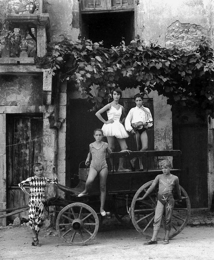 Arles 1955 Photo: Lucien Clergue