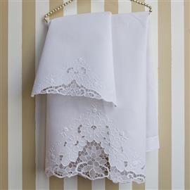 Asciugamani in pizzo e ricamati: il tuo asciugamano ricamato  | Ricami e Pizzi