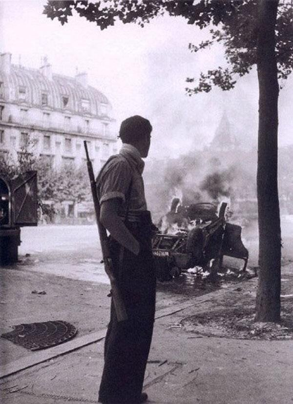 Robert Doisneau. Paris 1944 French Resistance. Place Saint-Michel (During the Liberation)