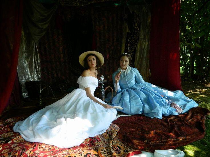 La reine de rétro : Złote Popołudnie spędzone w XIX wieku.