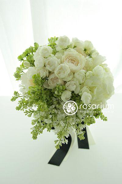 ふんわり白いお花のクラッチブーケ サンタキアラ教会さまへ の画像|ロザブロ ウェディングフラワー&ギフトフラワー