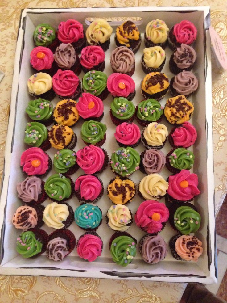 Mini cupcakes by Madame Lucie