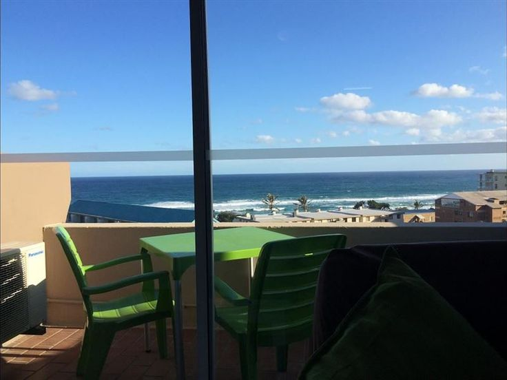 Ithaca Studio Apartments - Ithaca Studio Apartments offers a neat and modern self-catering studio apartment is in the popular town of Margate on the South coast. Margate is well known for its beautiful beaches and exciting nightlife. ... #weekendgetaways #margate #southcoast #southafrica