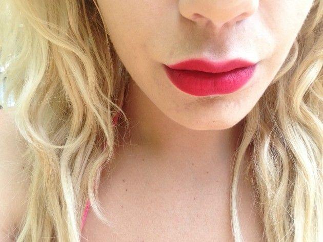 A Red Lipstick Addict's 6 Favorite Blue-Red Lip Colors | xoVain