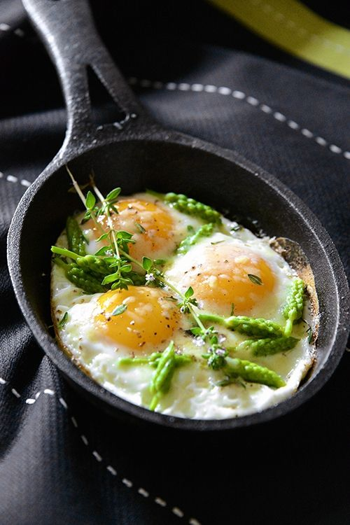 Eggs with Wild Asparagus by B come Bon