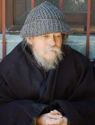 Πνεύματος κοινωνία: Ποιός είναι πλούσιος και ποιός είναι φτωχός ~ Γέρ....