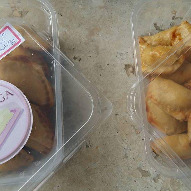 Pastéis de Forno: Abóbora com manteiga de garrafa e Frango à Revolução. Tudo para amanhã! #pasteldeforno #abóbora #frangoarevolucao @donamanteiga #donamanteiga #danusapenna #bolos&delicias