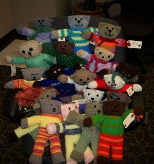 Free Designer Knitting Patterns : 1000+ images about Teddies for Tragedies on Pinterest