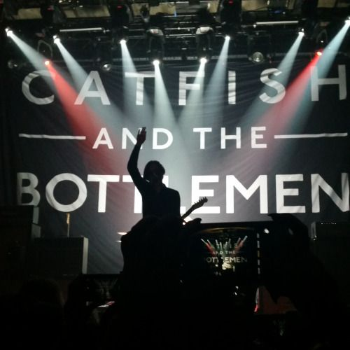 huggablehealy:  Catfish and the Bottlemen- SEATTLE 10.3.15
