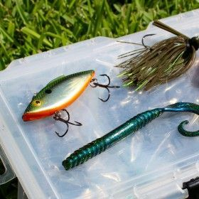 Learn About Five Of The Best Summer Bass Lures Why They Work Which