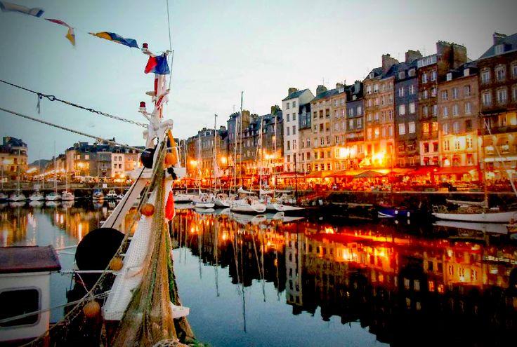 Honfleur, perfect voor een zeilvakantie #zeilen #zeilvakantie #Frankrijk