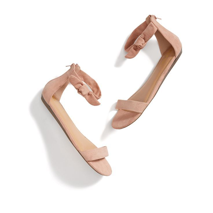 Oh my gosh! These are so cute! Love the little bows on the side, just not sure if they have any padding in them,   if they do they are great for me, if not they will make my feet hurt.  Stitch Fix New Arrivals: Blush Suede Sandals
