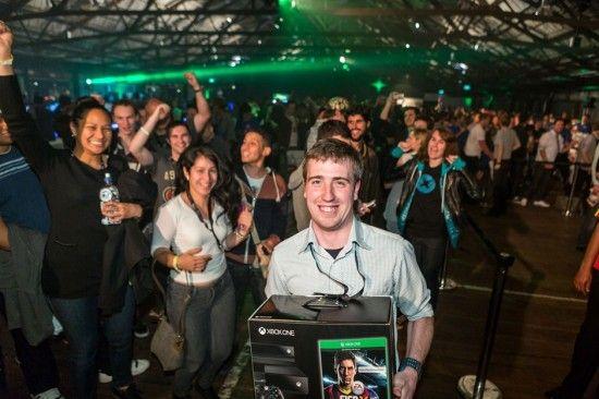 Xbox One disponible en Argentina a partir de septiembre - http://www.tecnogaming.com/2014/03/xbox-one-disponible-en-argentina-a-partir-de-septiembre/