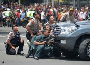 """Presidente indonesio califica explosiones de Yakarta de """"actos terroristas"""""""