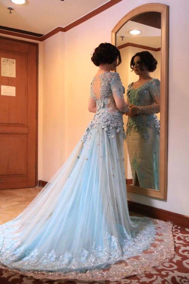 Wedding dress kebaya in tiffany blue
