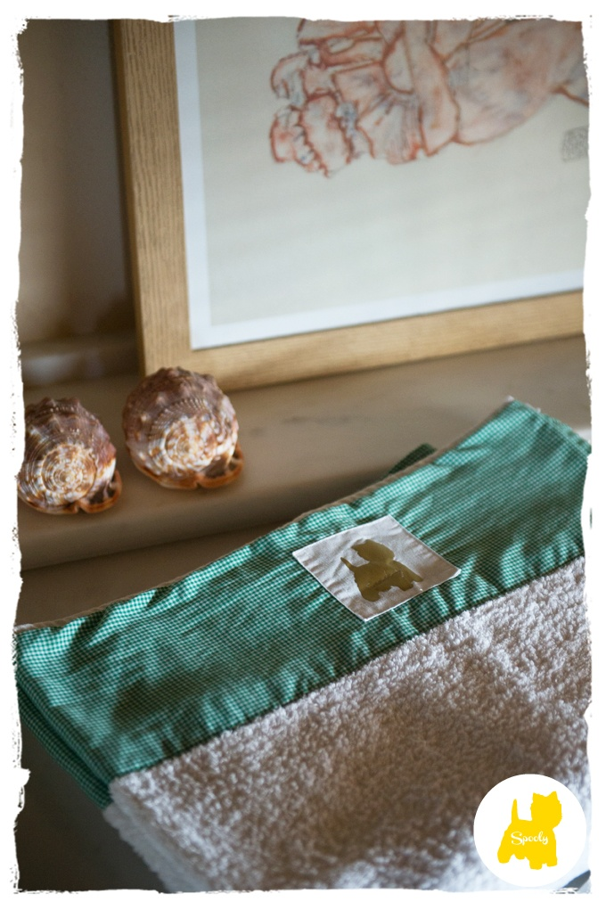 Take your summer mood with you along with our fantastic  handmade #Spooly #beachtowels © Vicky Lafazani