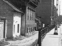 1976, Hámán Kató út (Haller utca), 9. kerület