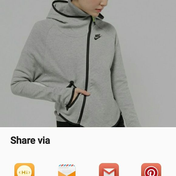 Nike women's sweatshirt Huge hood thumb pockets only wore once , nike runs small so it was too tight for me but it is such a stylish hoodie nike  Tops Sweatshirts & Hoodies