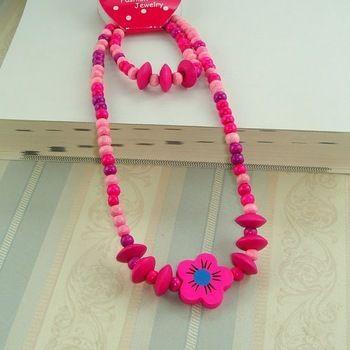 collar pulsera  para niñas con flor de jowel por DaWanda.com