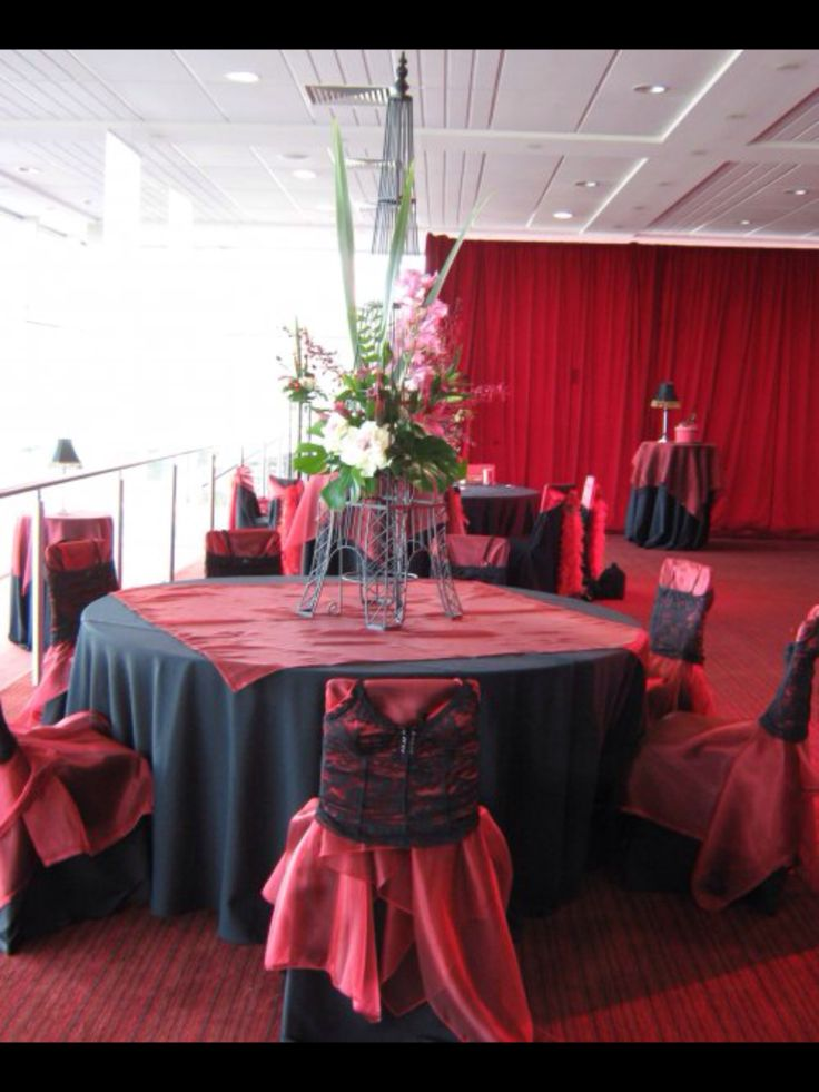 Moulin rouge theme at #werribeeracecourse by www.newminsterfunctiondesign.com