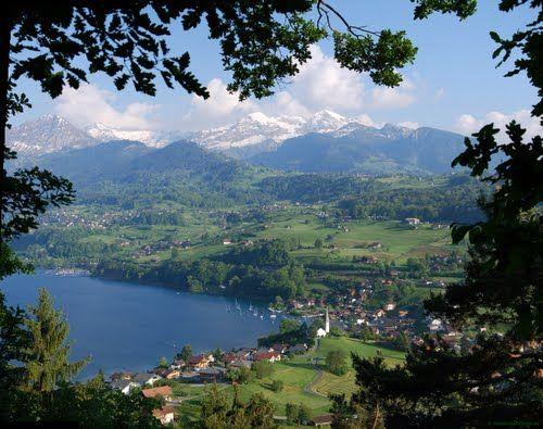 FAULENSEE SWITZERLAND | The village of Faulensee at Lake Thun