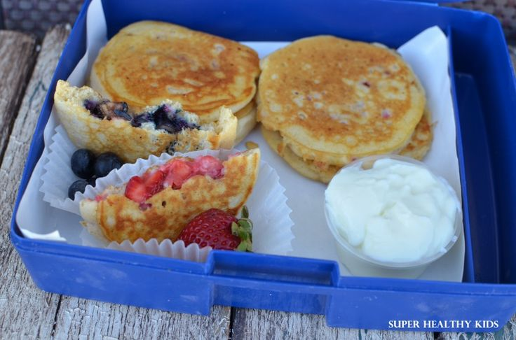 portable pancakes in lunch box.jpg