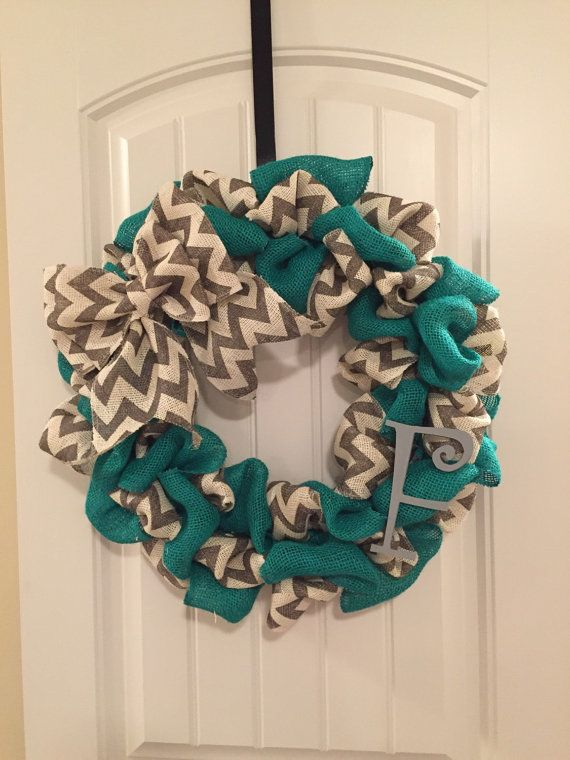 Two toned chevron burlap wreath by CustomaDOORables on Etsy