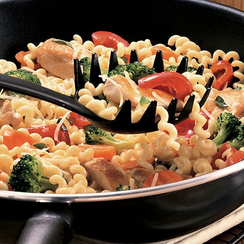 Fusilli pasta is long, spiral-shaped spaghetti. It adds a new twist to stir-fried chicken and vegetables.
