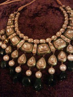 By Falguni Mehta. Bridelan - Personal shopper,stylist & luxury consultants for Indian/NRI weddings, website www.bridelan.com #polki #polkinecklace #weddingnecklace #jadaunecklace #bridalnecklace #uncutdiamondspolkinecklace #diamondpolkijewellery #traditionalindianjewellery #polkibridalset #oversizeduncutdiamonds #bridelan #bridelanIndia #personalshopperindia #jewelleryshoppingindia #polkiweddingjewellery