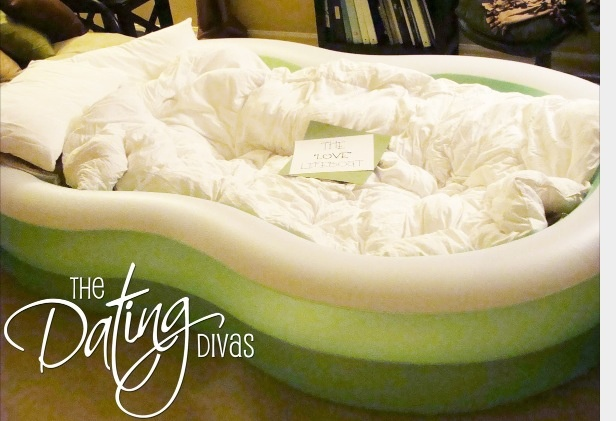 Saw this and thought it was such a good idea. Blow up a play pool and fill  with pillows and blankets. Use it for summer indoor campouts for the kids, use it instead of an air mattress when you have slumber parties or guests in town, or use as a comfy place to lounge for family movie nights. Totally going to do this during the summer!