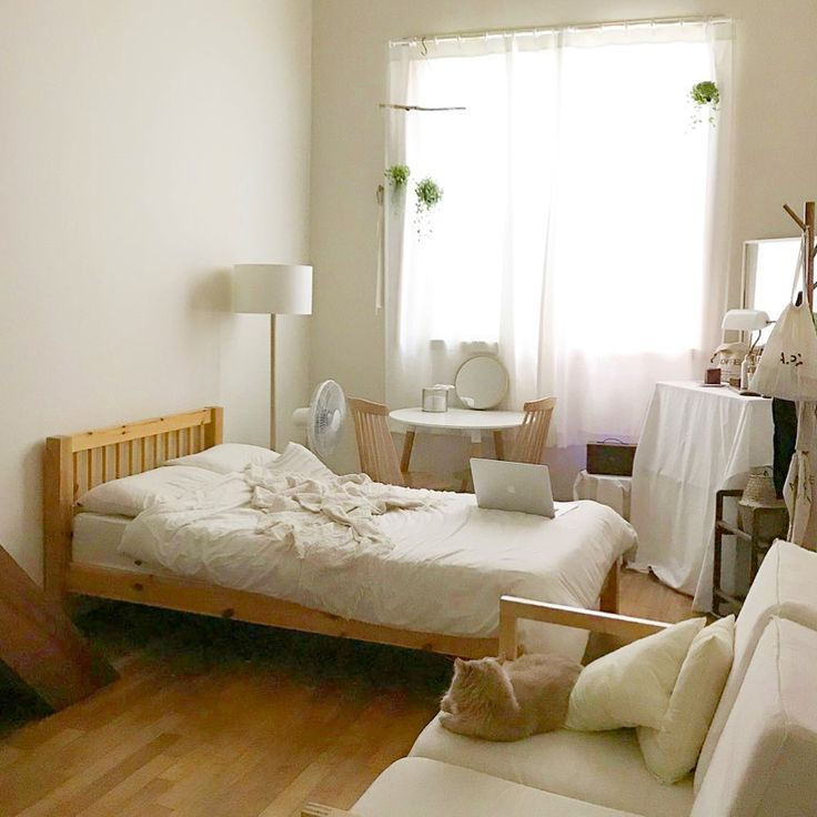 6 Creative Tips On How To Make A Small Bedroom Look Larger Dream Bedrooms Small Room Decor Korean Bedroom Ideas Bedroom Design