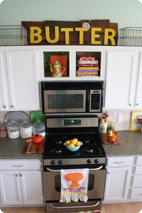 Best 25+ Microwave above stove ideas on Pinterest   Built in ...