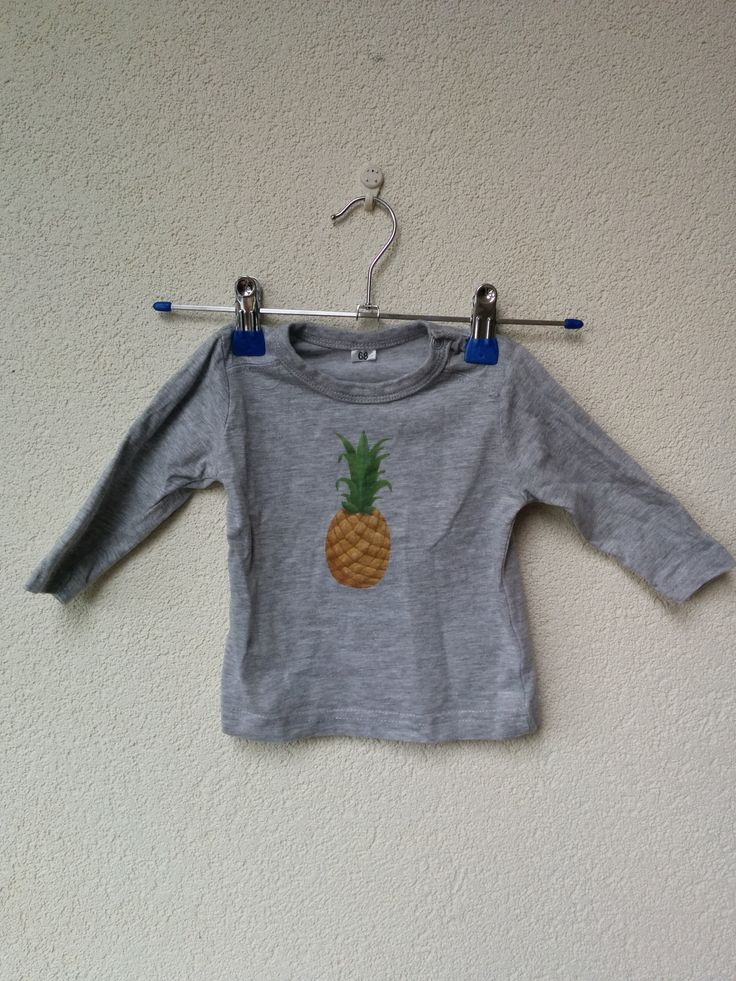 pineappel baby shirt