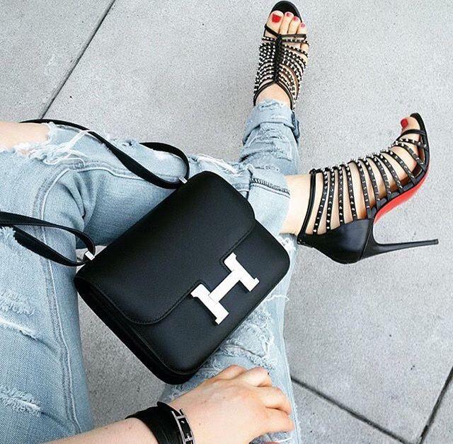 Hermes Constance 18 Epsom Leather ikinci el secenekleriyle bossamia vintage kategorisinde...#hermesconstance #vintagehermes #hermesepsom #authenticsecondhands