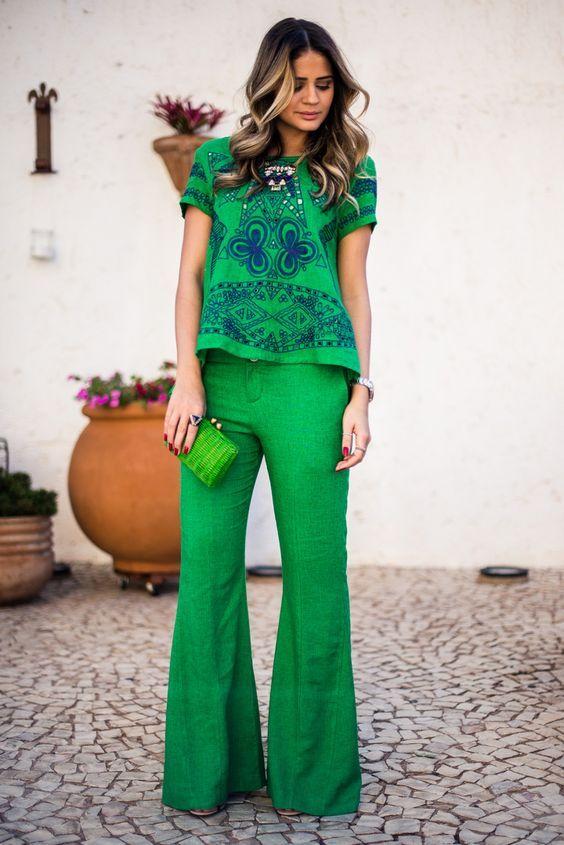 Thássia Naves, conjunto verde greenery, calça pantalona