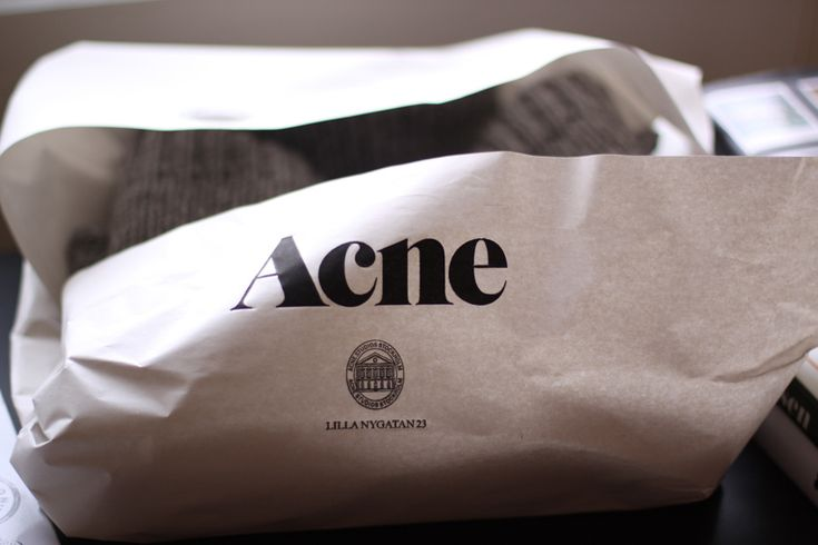 Acne packaging