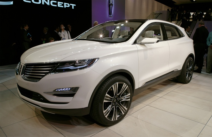 Lincoln MKC Concept First Look - 2013 Detroit Auto Show - Motor Trend
