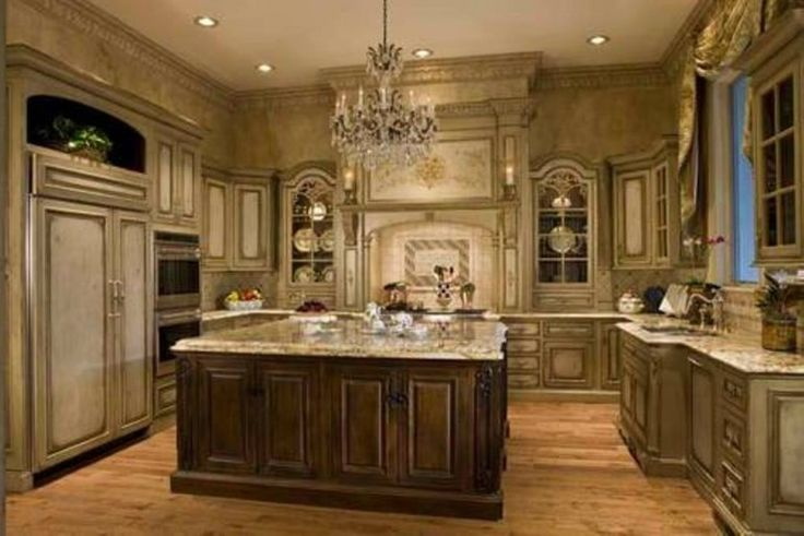 Old world italian kitchens rustic italian style kitchens for Italian kitchen cabinets