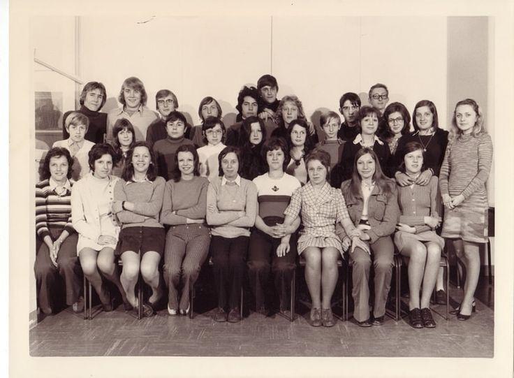 Photo de classe 4eme B de 1970, Collège Paul Langevin - Copains d'avant