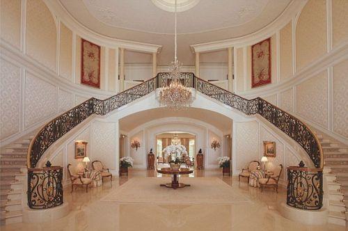 casa-clasica-con-escalera1