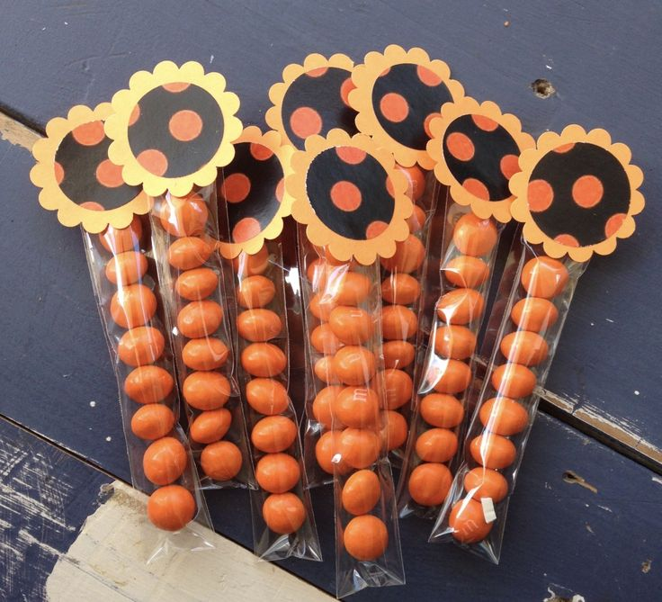 Halloween M&M Lolly tube toppers